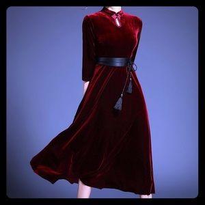 Midi dress red three quarter sleeve dress
